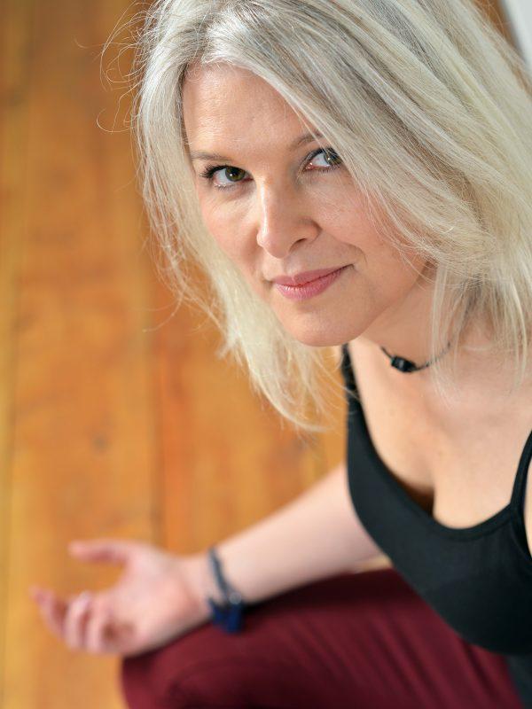 Laurence Mouton Shakti professeure de Yoga à l'Atelier de Yoga Lille Vauban